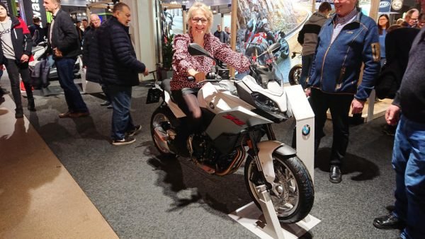 BMW:n moottoripyörät läpäisivät myös kerhon tilintarkastajan tarkastuksen.